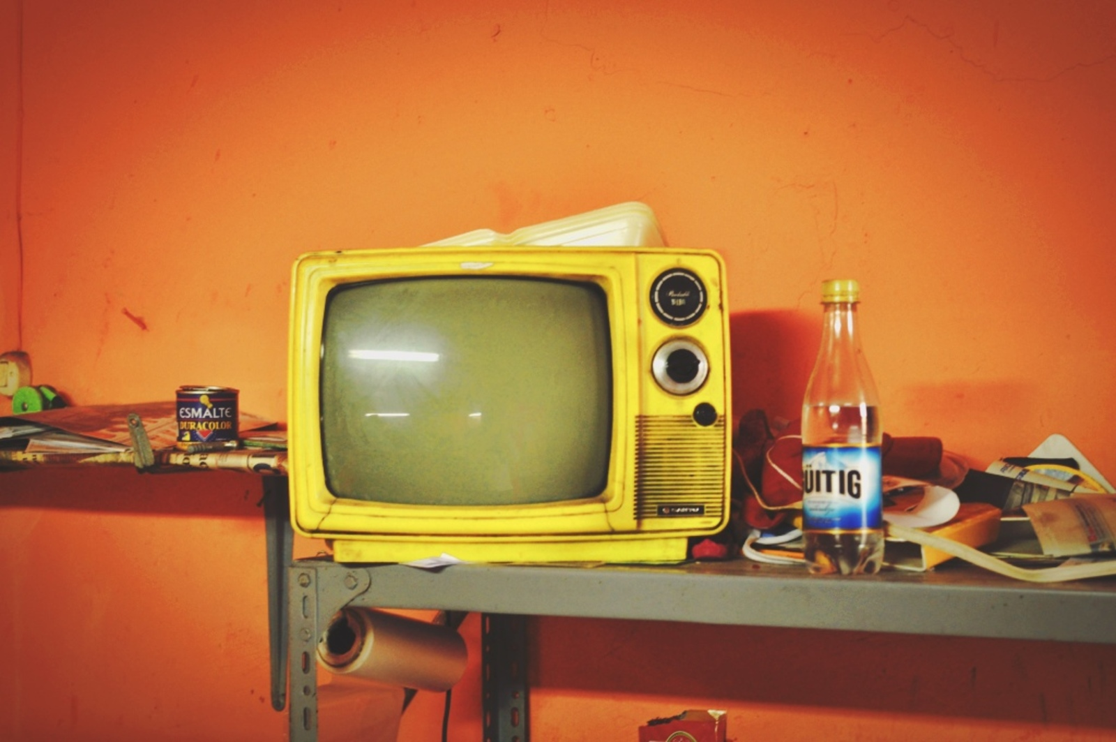Old tv Tena