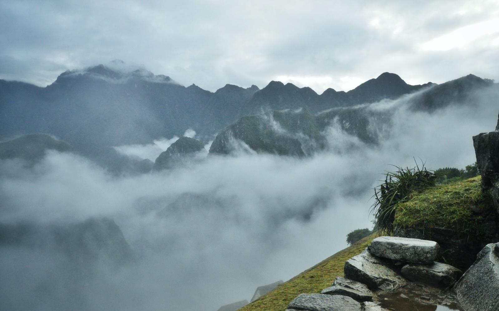Nuages au dessus du Machu Picchu Machu Picchu