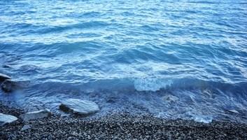 Eau bleue du lac torres del paine