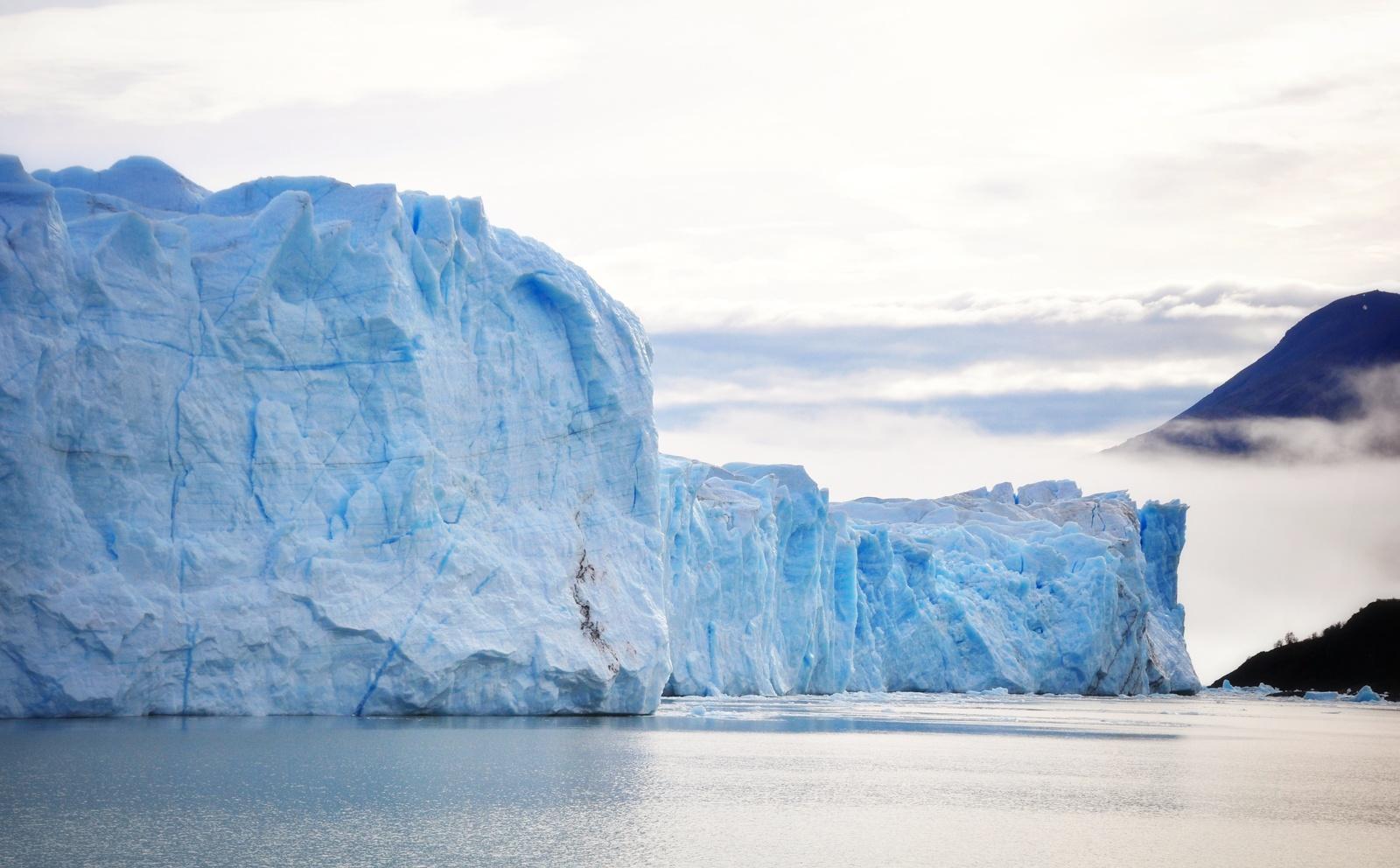Glacier et nuages, Perito Moreno Perito Moreno