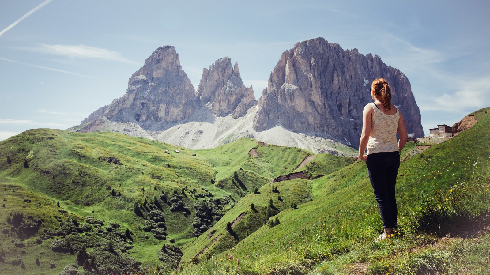 Admirer le panorama Dolomites