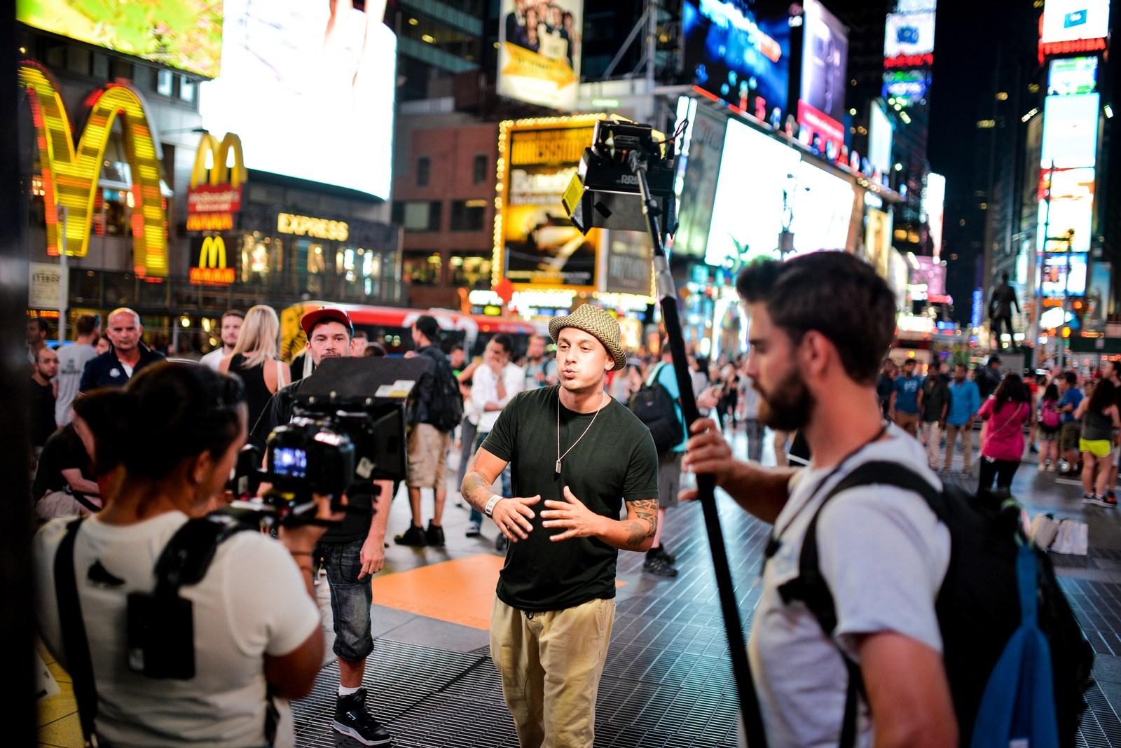Tournage du clip sur Times Square Manhattan