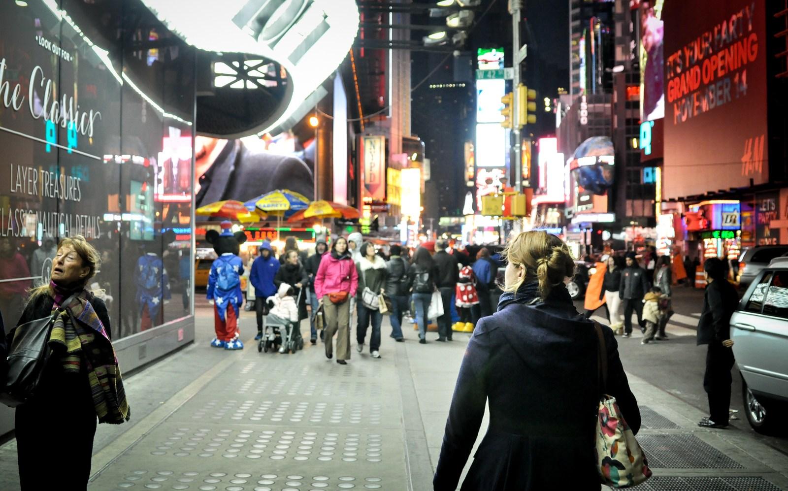 Manuelle en direction de Times Square Manhattan