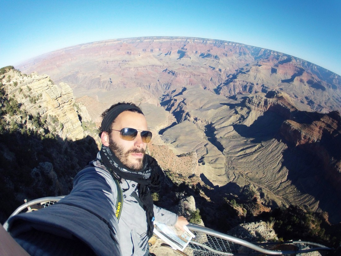 Séb devant le Grand Canyon