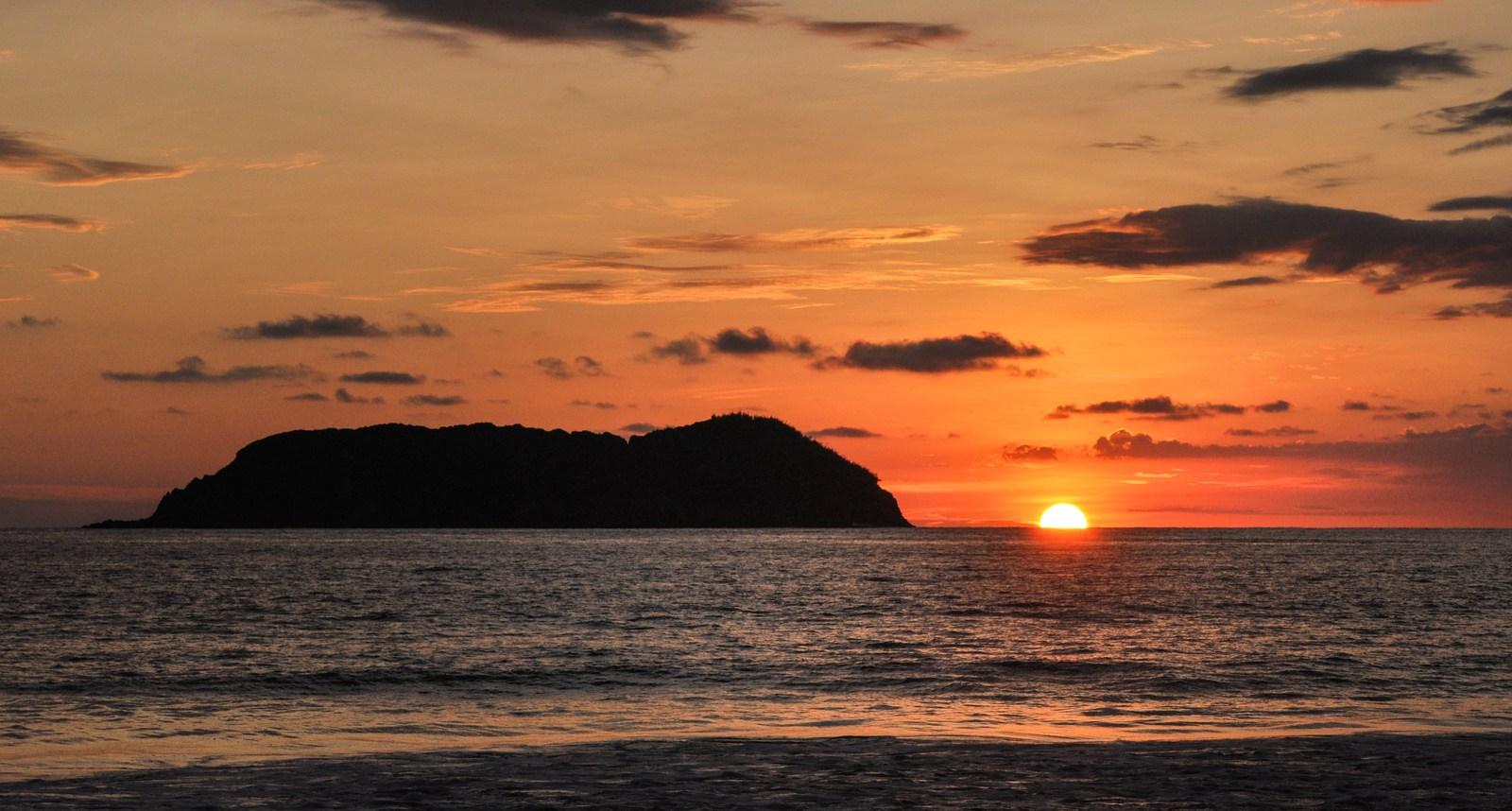 Coucher de soleil sur Playa Espadilla Manuel Antonio