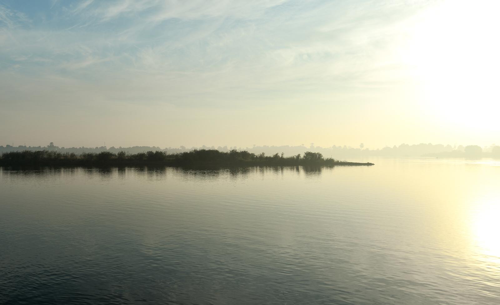 Coucher de soleil sur le Nil Le Nil