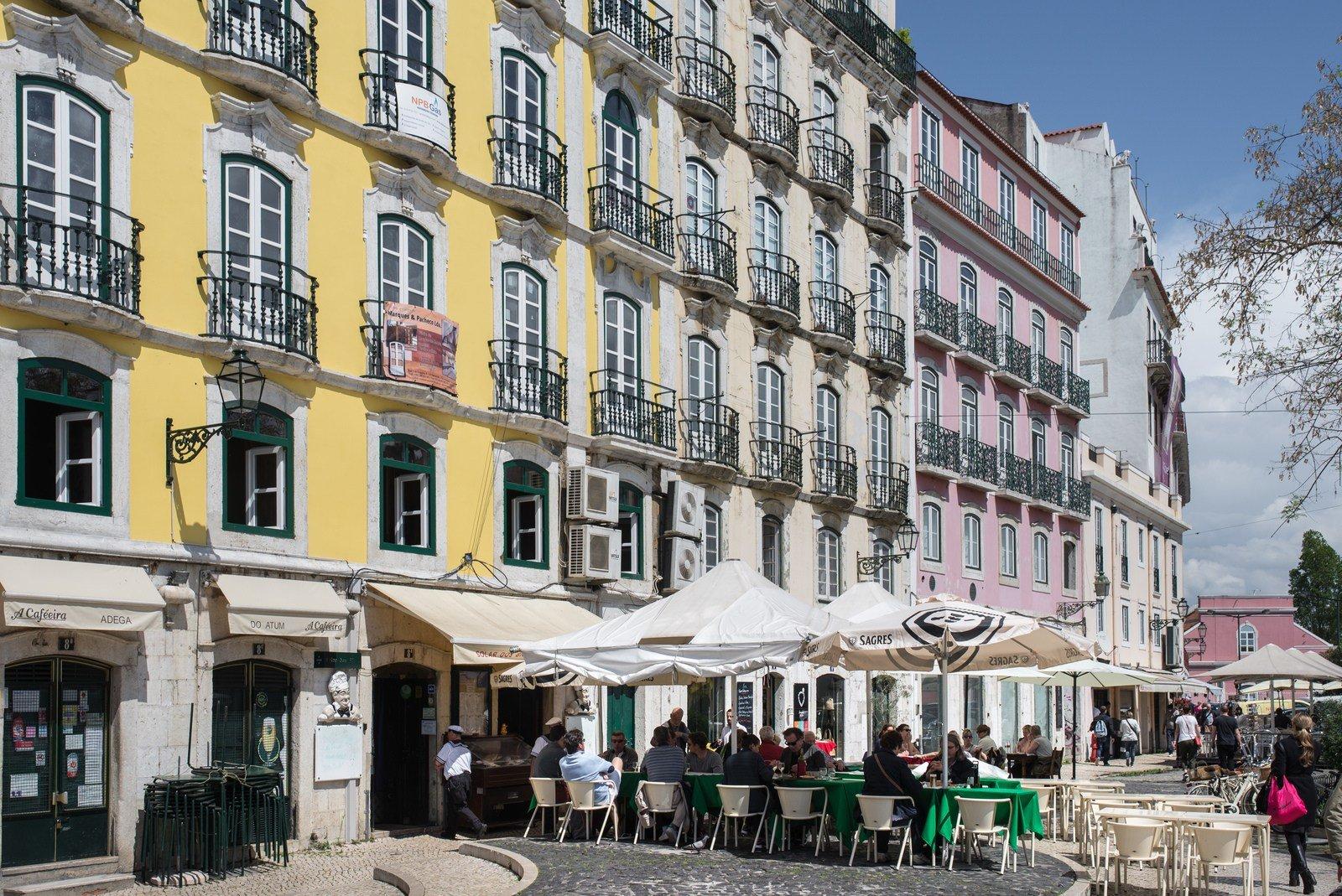 Prendre le soleil en terrasse Lisbonne