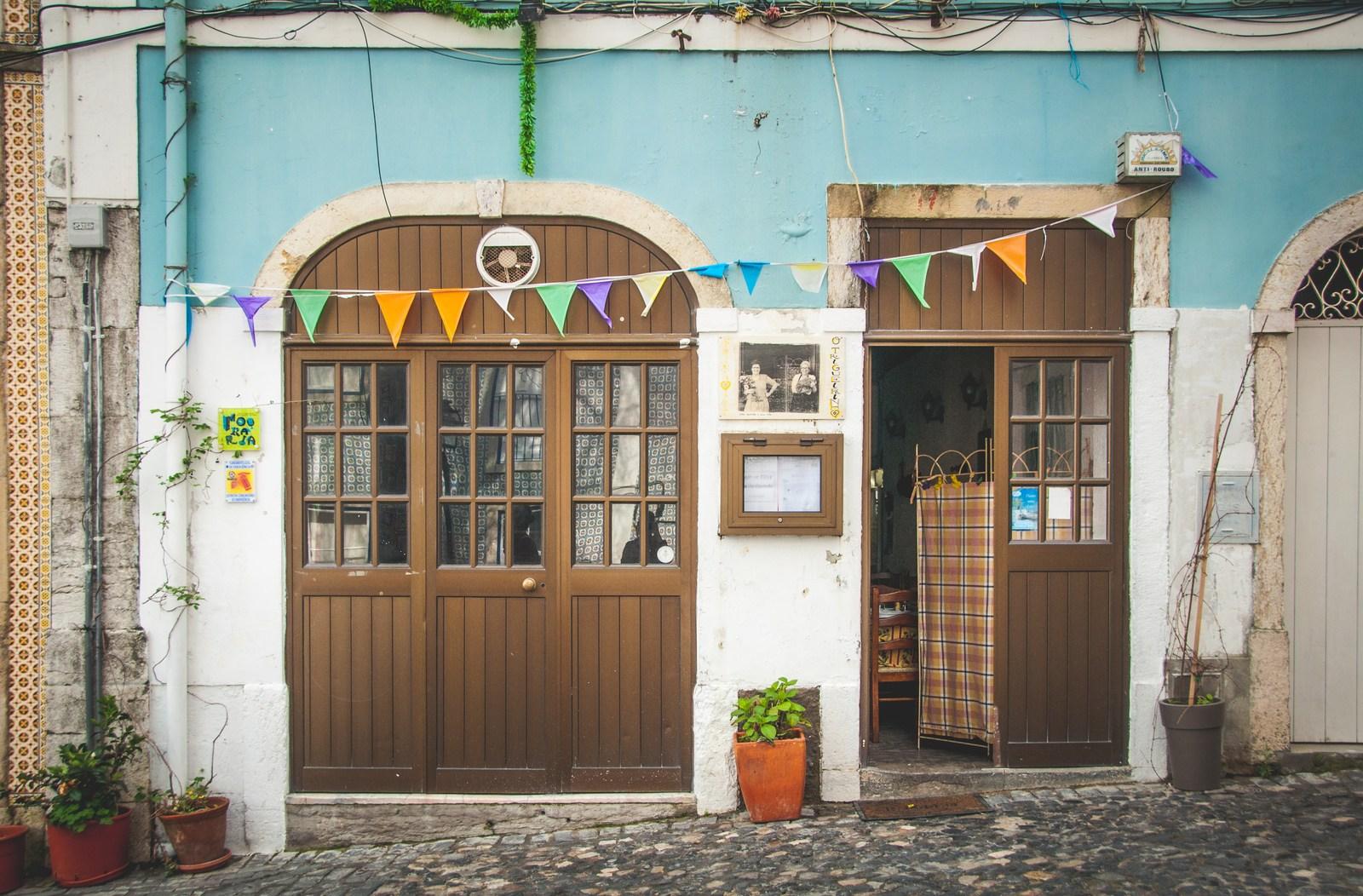 Petit restaurant  Lisbonne