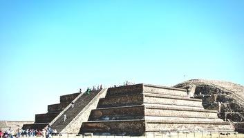 Quetzacoatl a teotihuacan