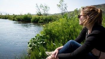 Petit pause au bord d une riviere