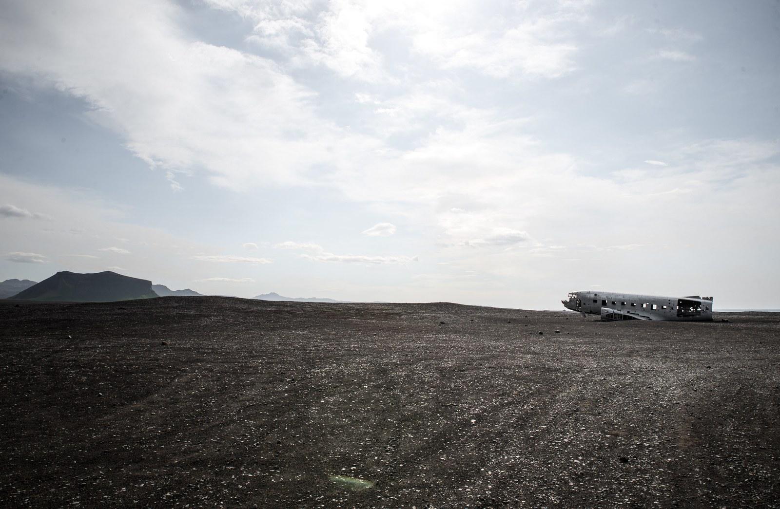 L'avion au milieu de Solheimasandur en Islande Solheimasandur