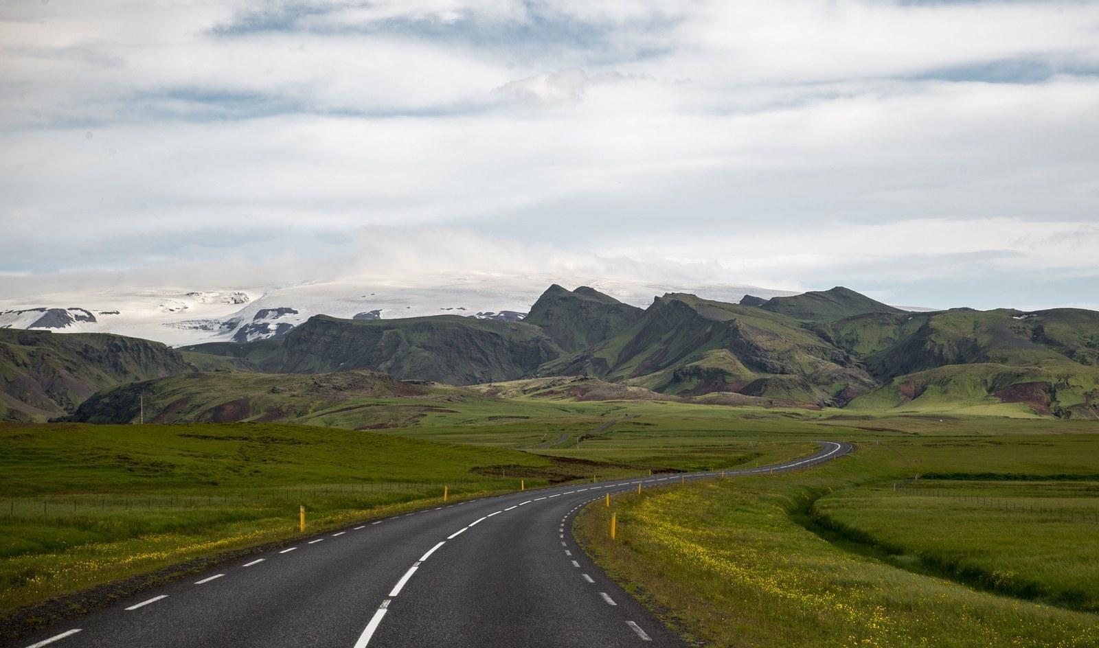 Sur la route 1 non loin de Solheimasandur Solheimasandur