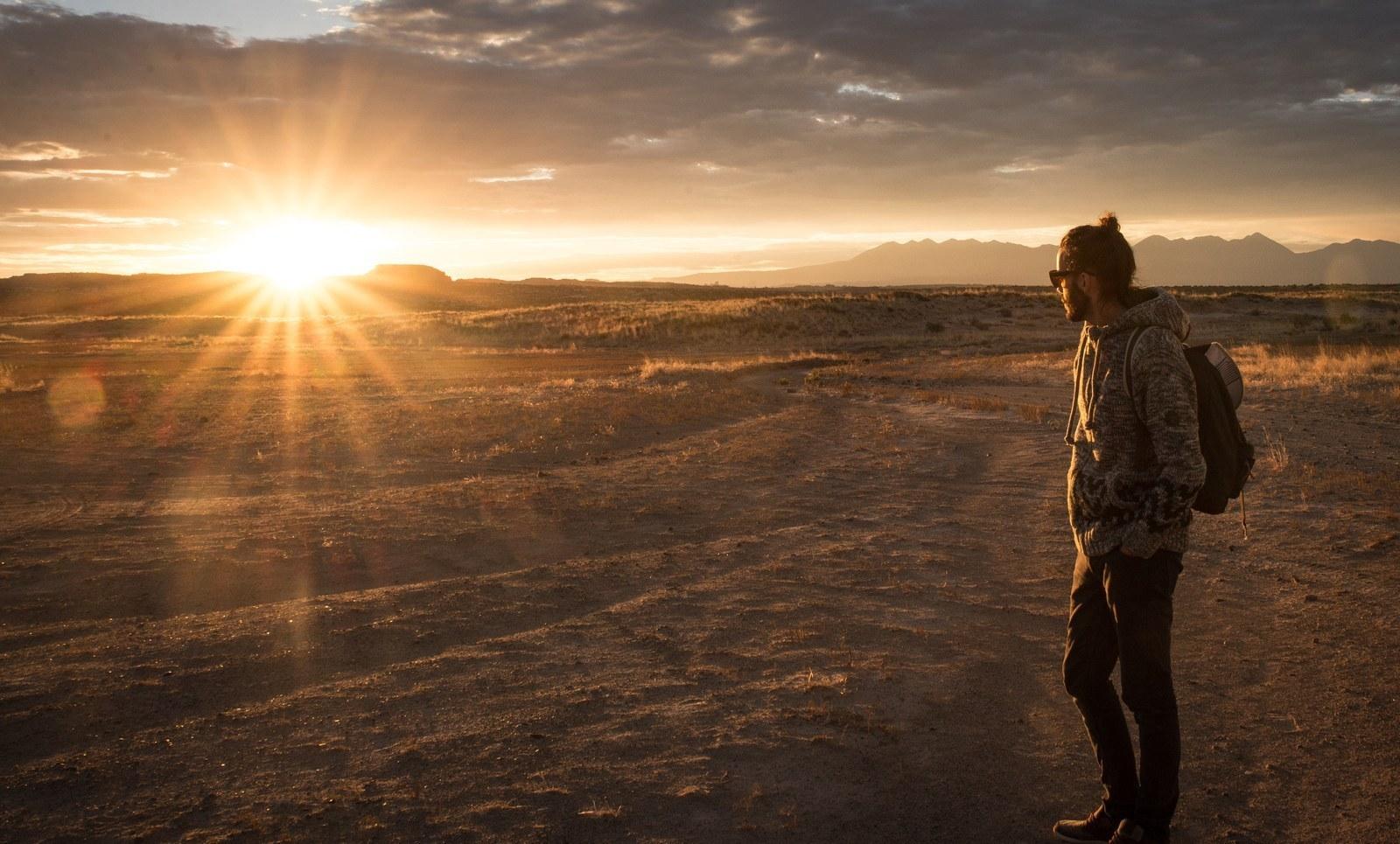 Lever de soleil depuis la montgolfière  Moab
