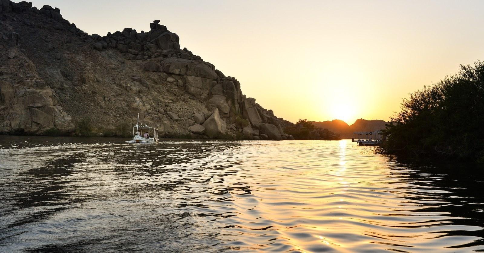 Coucher de soleil sur Philae Assouan
