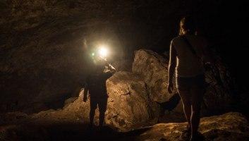 Dans le coeur de la grotte de sumaging