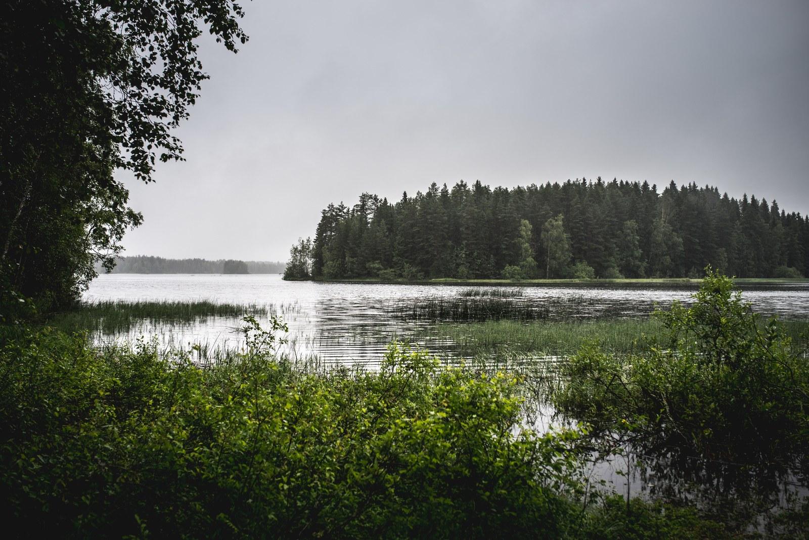 Lac et foret en Finlande  Kokkola