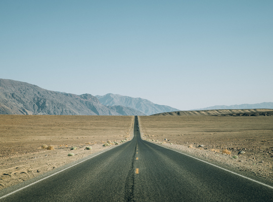 Endless road, Death Valley