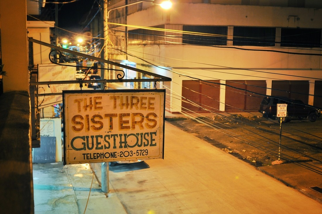 The three sisters guesthouse, Belize city