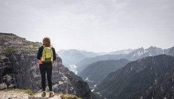 Trek dans les alpes dolomites italie