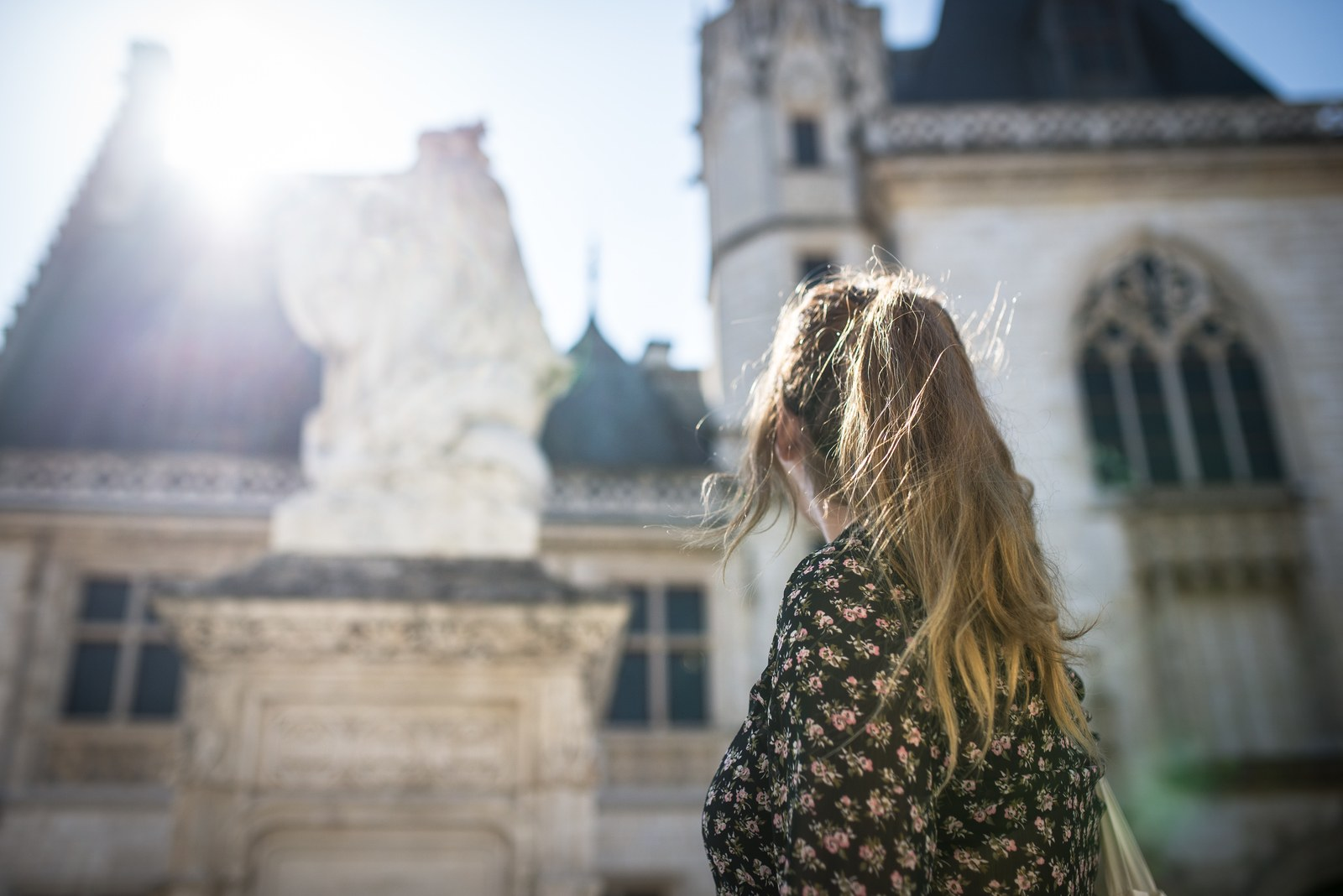 Devant le palais Jacques Coeur Bourges