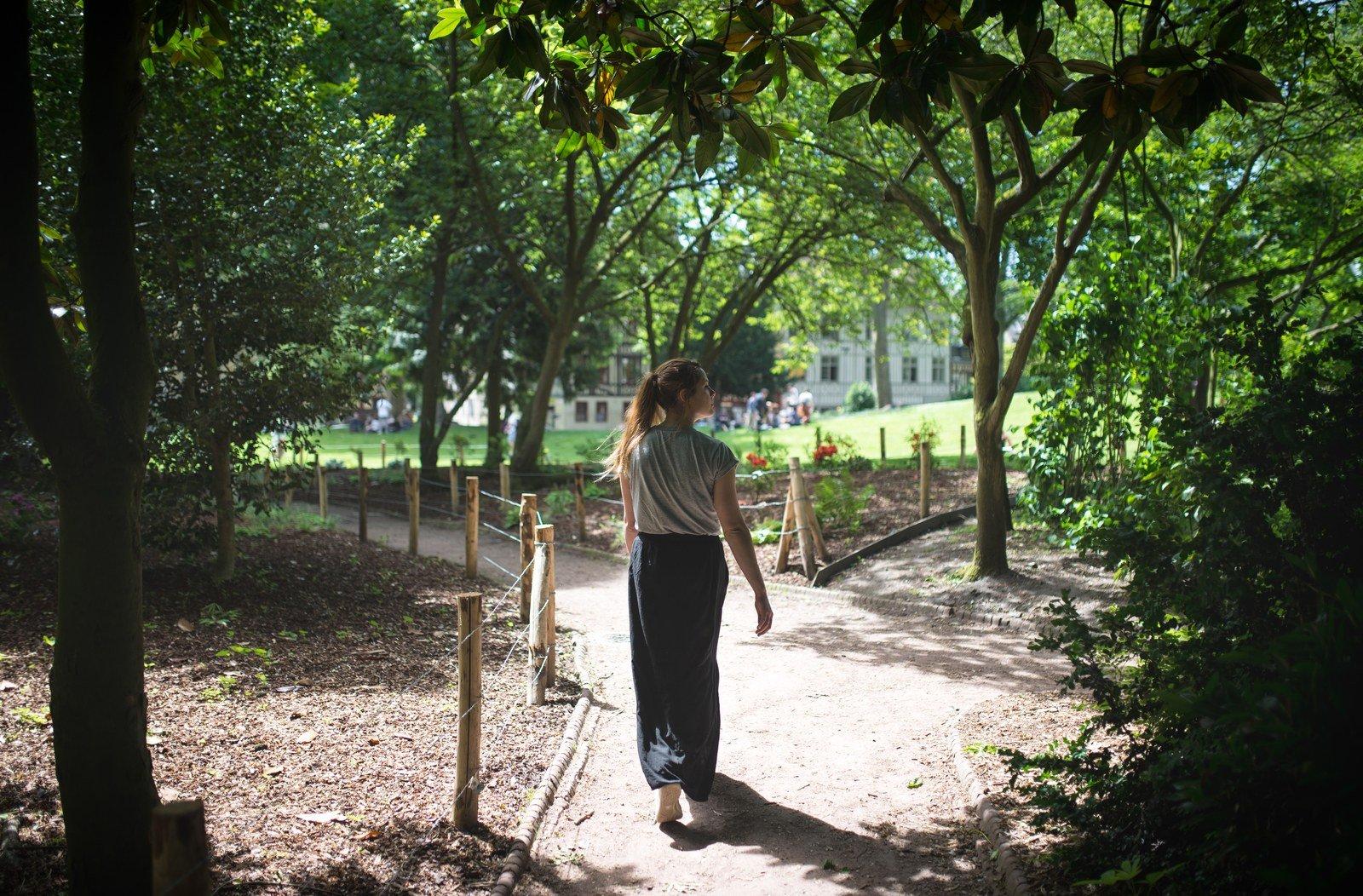 Se promener dans les jardins de l 39 abbatiale saint ouen rouen en france - Les jardins de l oyat mimizan ...