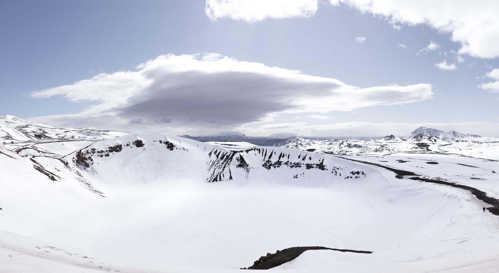 Le cratère Víti enneigé Víti