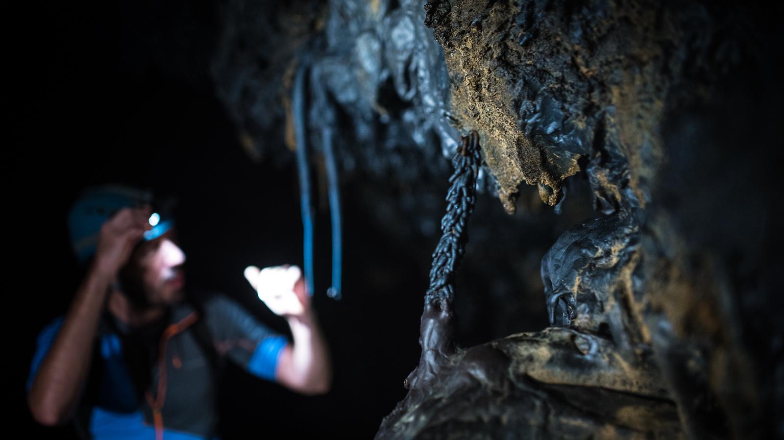 Formations de lave, Tunnel bleu Saint Philippe