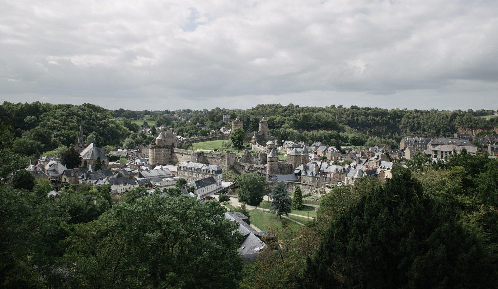 Fougères, vue des remparts Fougères