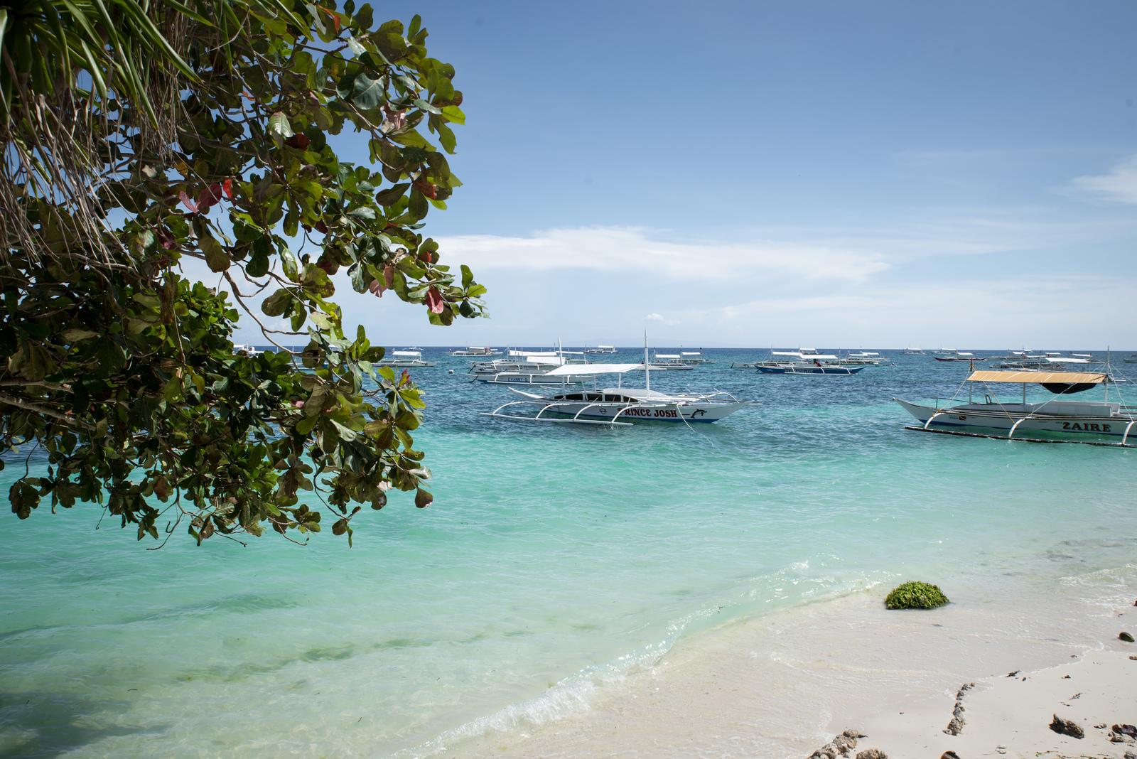 Bateau de pêche aux Philippines Alona Beach