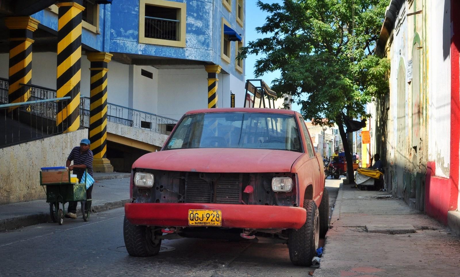 Old car Santa Marta