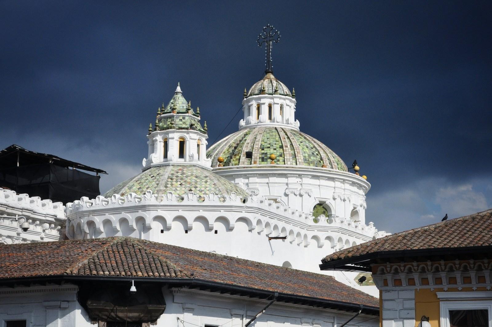 Vue sur une église de Quito Quito